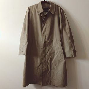 Vintage London Fog Classic Trench Coat, Size XL